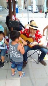 楽器と子供たちとのふれあい広場