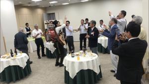 産経新聞の会場で立命館大OBのみなさんと!!
