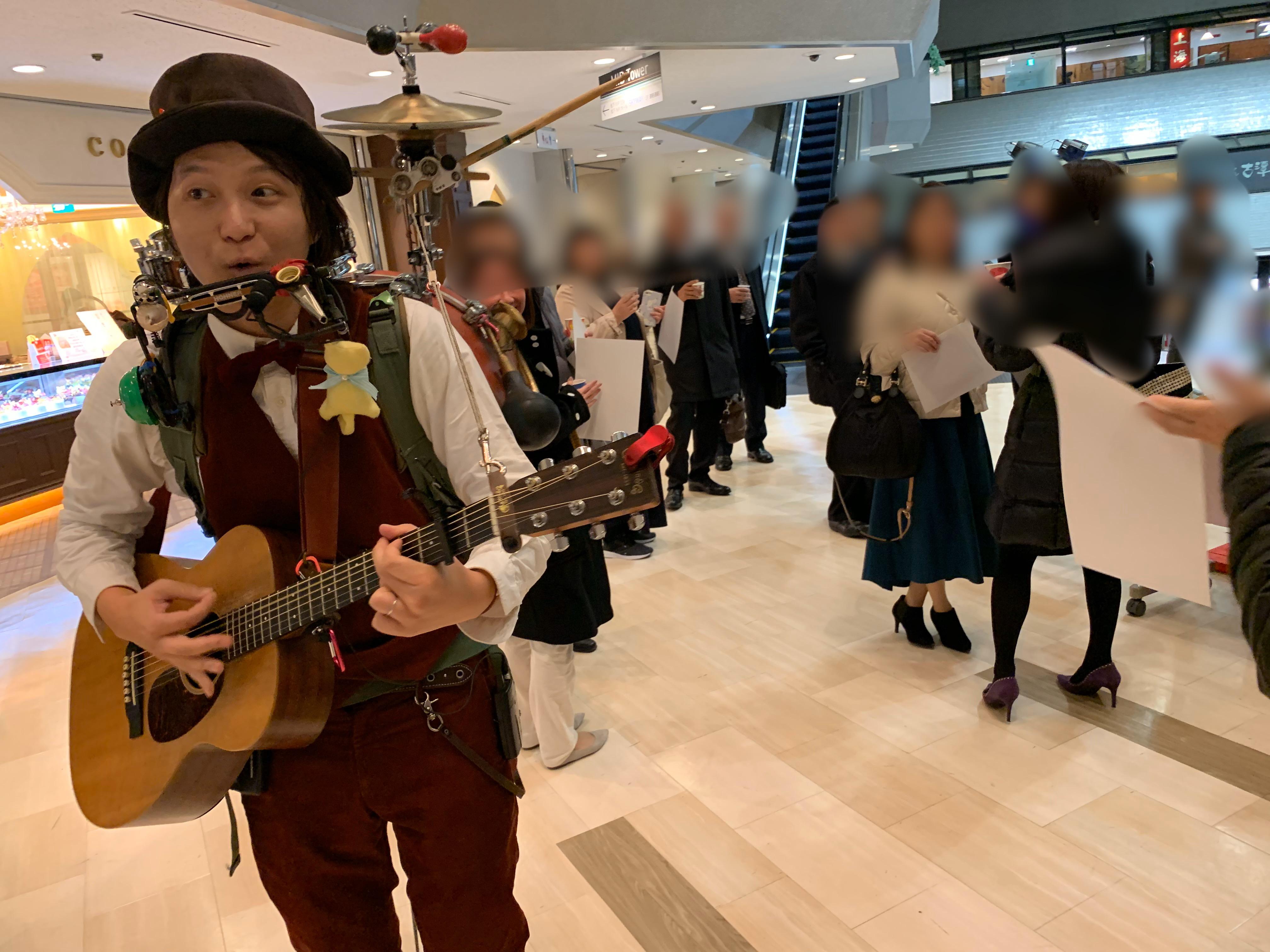 大阪ビジネスパークにある<BR>ツイン21にて